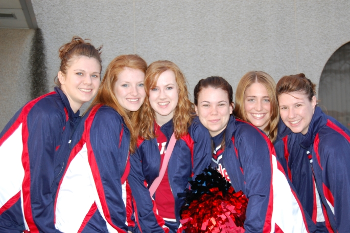 OWU Eagle cheerleaders
